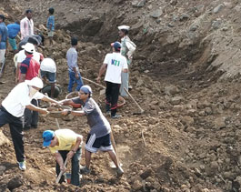 Tata Power Volunteers at Tata Motors shramdan in Jawhar