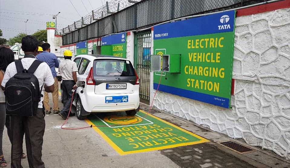 Electric Vehicle Charging Ev Charging Stations Tata Power